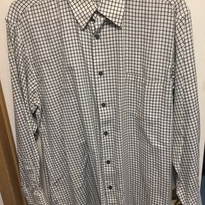 Haggar Men's button down dress shirt
